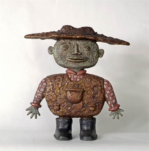 Small-Farmer-2007-bronze-Edition-9-36-X-35-X-12-cm-Dean-Bowen.jpg